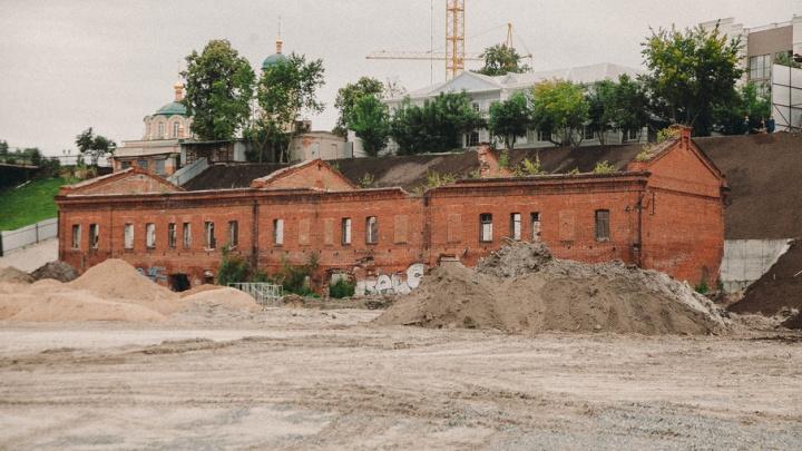 На спасение исторического здания – конторы пароходства на Масловском взвозе – потратят 155 млн рублей