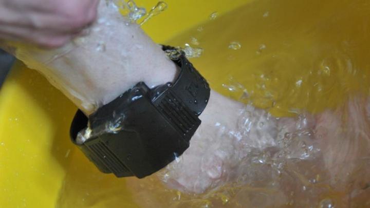 В Рыбинске девушка сбежала из-под надзора, сорвав электронный браслет
