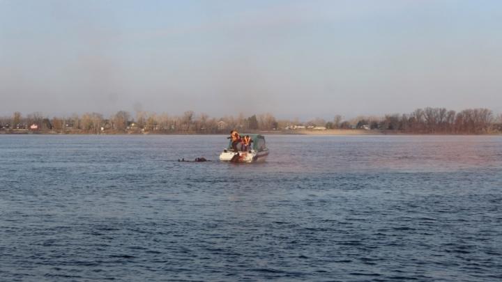 Под Самарой 67-летний парапланерист упал в озеро и погиб