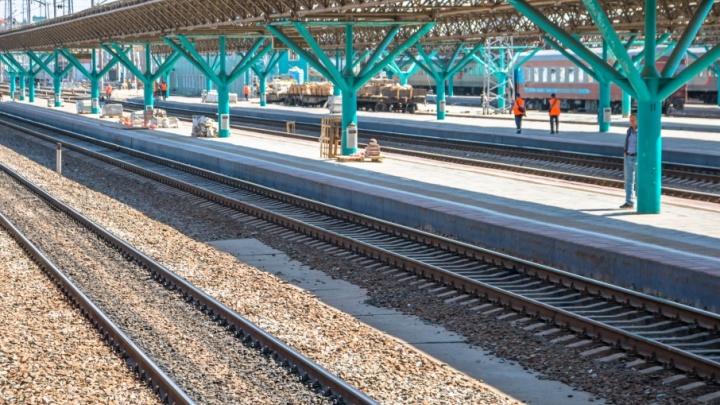 Не заметила поезд: в Самарской области состав сбил пенсионерку насмерть