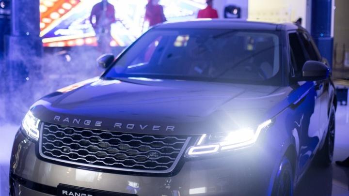 Будущее рядом: снимаем вуаль таинственности с нового Range Rover Velar