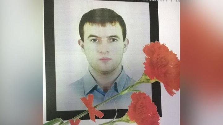 Тюменского врача застрелили в подъезде