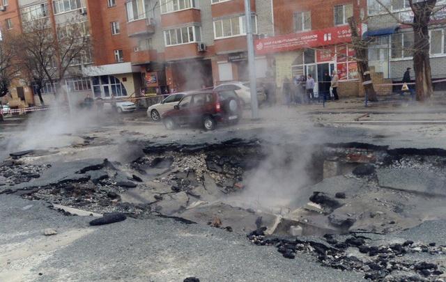 8 вопросов, возникших после испытания теплосетей в Тюмени: отвечаем, кто заплатит за кипяток и починит дороги