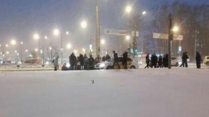 В Перми водитель такси сбил женщину-пешехода