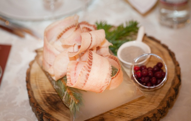 Ресторан «Пур-Наволок» приглашает попробовать блюда поморской и якутской кухни