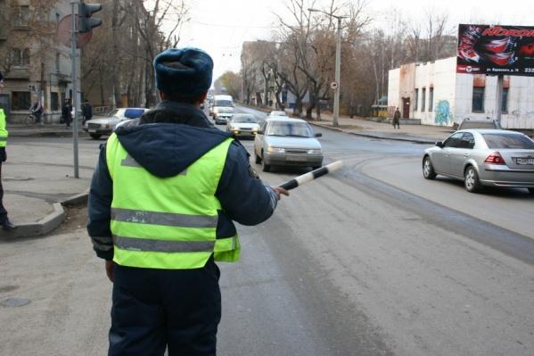 Нетрезвого водителя инспектор тормознул в центре Челябинска