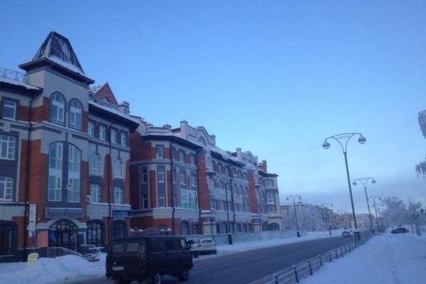 Здание оказалось выше, чем разрешено, поэтому перекрывало вид на Тобольский кремль