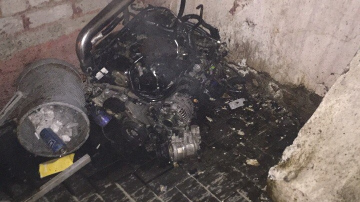 В Волгограде рядом с администрацией загорелась машина пьяного водителя
