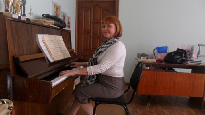 Родные пропавшего концертмейстера «Улыбки» дни напролет патрулируют улицы
