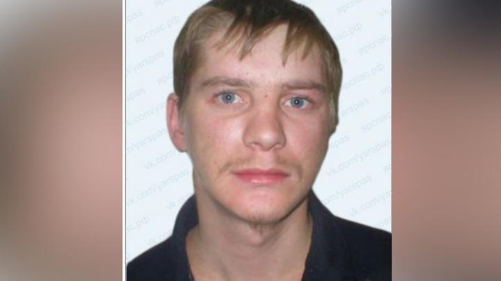 В Ярославском районе 37-летнего мужчину нашли мёртвым недалеко от дома