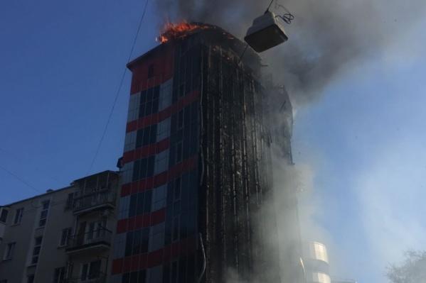 В Ростове вновь пожар