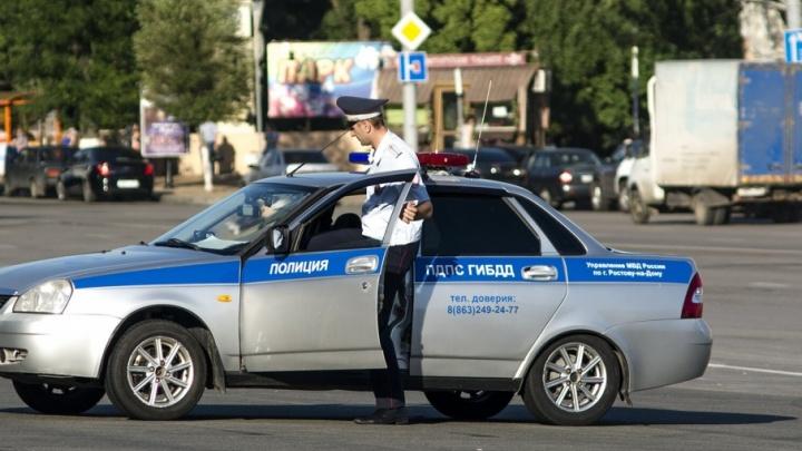 Двое приятелей с женами угнали иномарку бизнес-класса и попали в ДТП на Дону