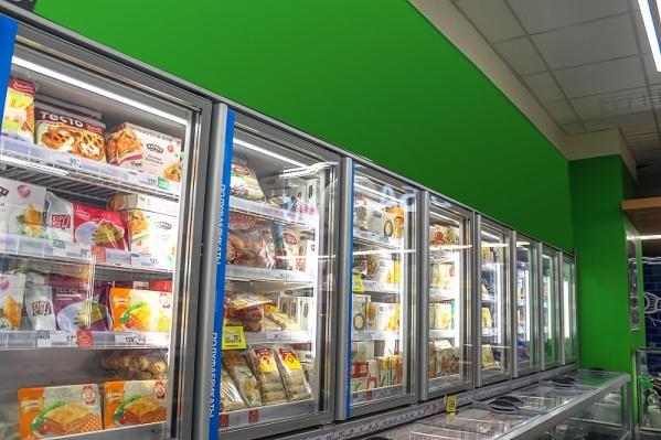 За неделю в Самаре изменились цены на молоко, сардельки и курицу
