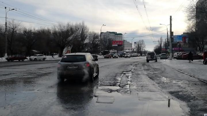 На улицу Качинцев в Волгограде снова выгонят дорожную технику