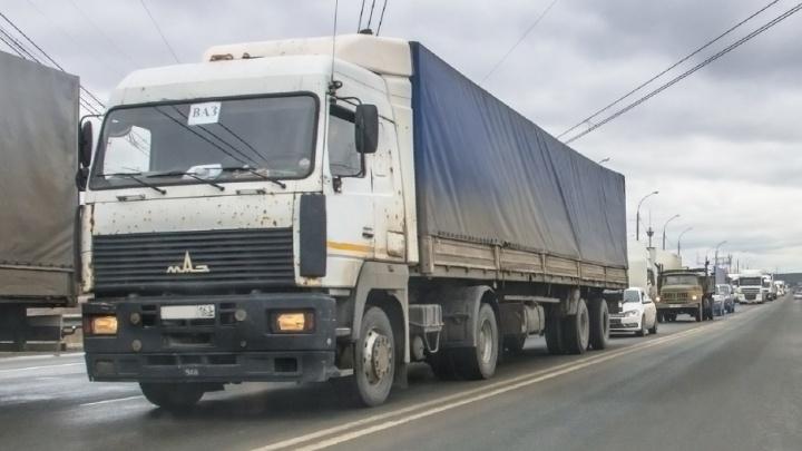 Росавтодор запретит ездить грузовикам на М-5 в Самарской области