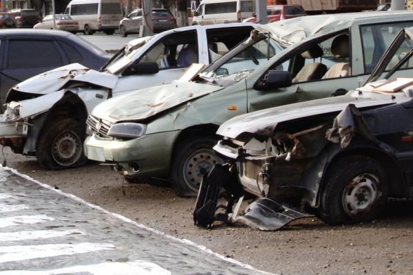 Страшная экспозиция призвана напомнить и правилах поведения на дороге