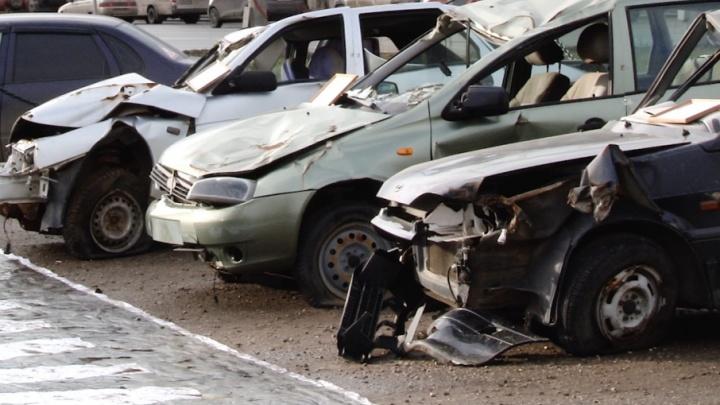 «На этих машинах люди разбились насмерть»: в Самарской области проходит неделя памяти жертв ДТП