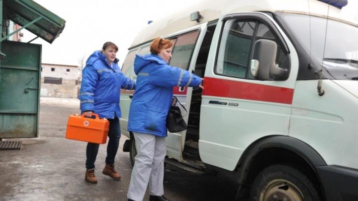 Ярославским медикам раздали тревожные кнопки