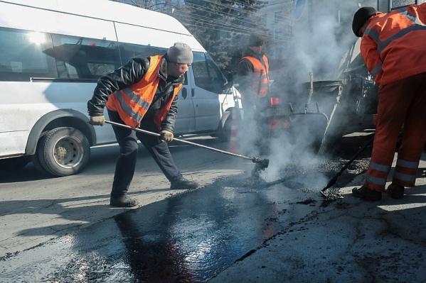 Сезонные работы уже начались на двух улицах в Челябинске