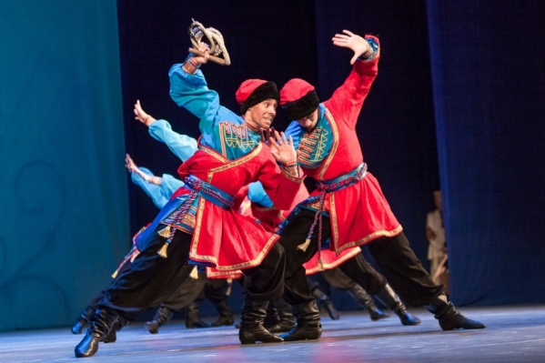 Танец «Ямщики» от ансамбля «Урал»