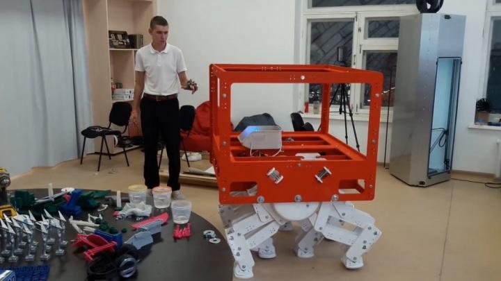 Лунная походка: самарские студенты создали робота для покорения спутника Земли