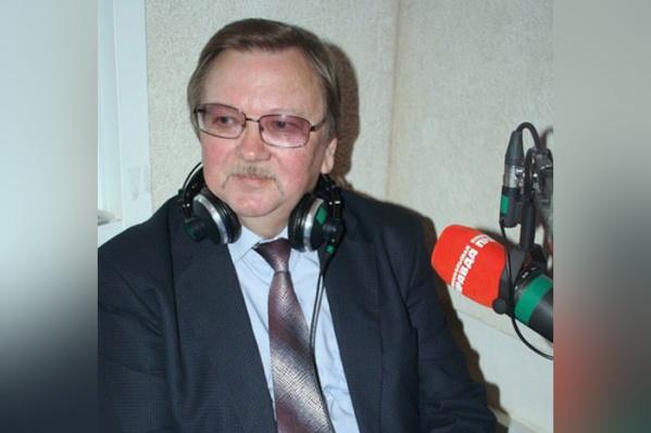 Павел Большаков предпочёл сам не комментировать обвинение, лишь отрицает вину