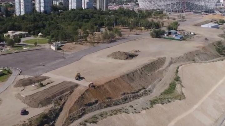 В объектив беспилотника попала реконструкция парка Баку в Волгограде