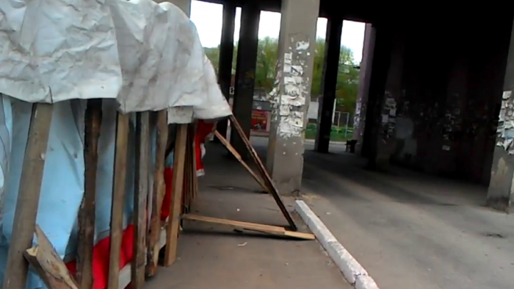 Прокуратура проверит стройку, где во время урагана забором придавило челябинку