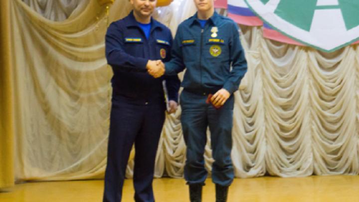 «Вытащил из воды и погрузил в лодку»: пермского студента наградили за спасение двух тонущих женщин