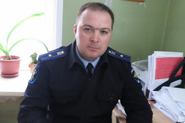 Василий Янов часами изучал видео преступления и, когда увидел злоумышленника, не растерялся