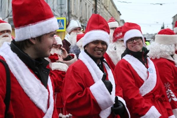 Международное нашествие Дедов Морозов в Рыбинске