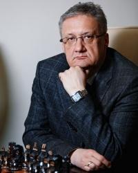 Анатолий Пушмин, генеральный директор «Газпромнефть-Тюмени»: «После заправки на АЗС «Газпромнефть» водители без проблем доберутся до пункта назначения»