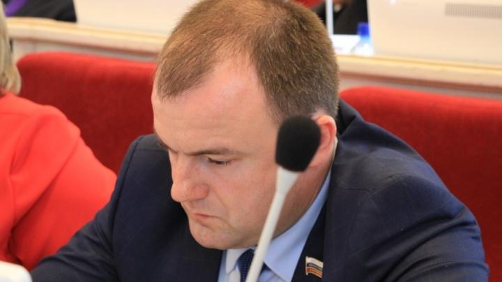 От имени депутата Архоблсобрания Юрия Шарова рассылают ложные письма силовикам и политикам