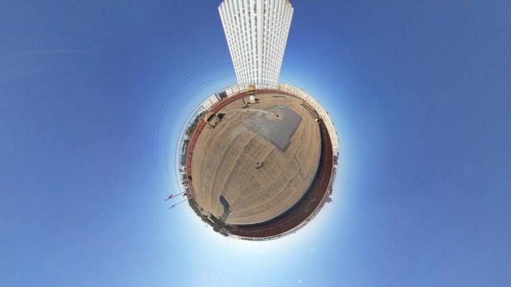 Маленький принц с фотоаппаратом: блогер превратил Архангельск в планету
