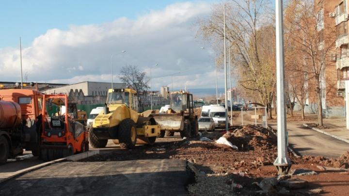 Открыть движение по улице Луначарского планируют в течение месяца