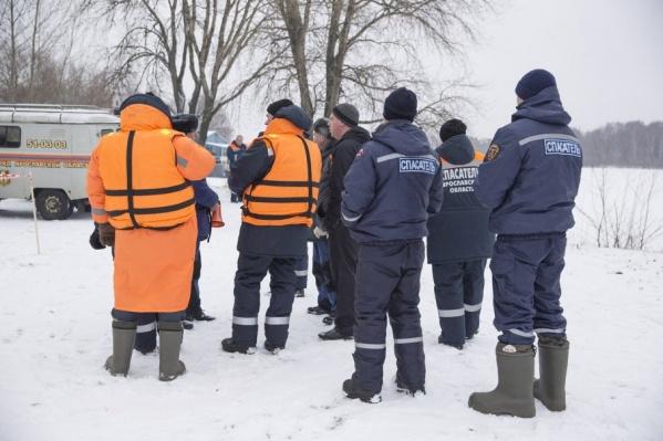 Специалисты МЧС из Ярославской области готовы к работе на месте крушения Ан-148