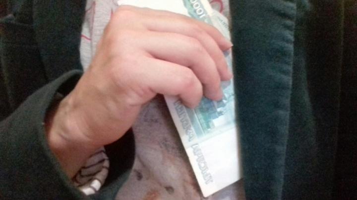 Рыбинец пытался подкупить полицейского тремя сотнями рублей