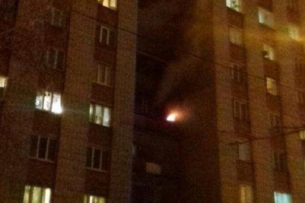 Пожар произошел около шести часов вечера