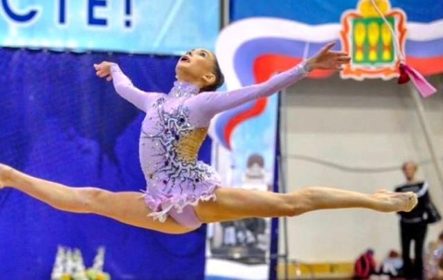 Гимнасты из Ростова завоевали золото и бронзу на первенстве России в Пензе
