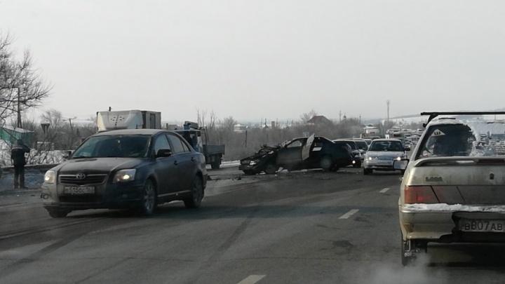 Подробности ДТП около Новокуйбышевска: в аварии с 4 машинами пострадали мама с дочкой