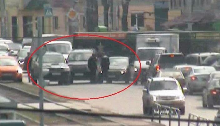 Из-за массового ДТП на улице Куйбышева в Перми образовалась пробка