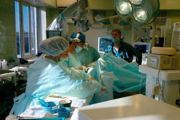 Пермские нейрохирурги удаляют опухоль