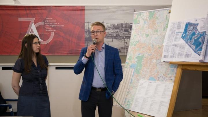 «Дома растут — инфраструктуры нет»: жители «Паркового» выступили против стройки новых десятиэтажек