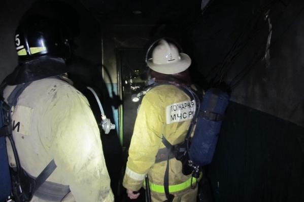 Ночной пожар в жилом доме унес жизнь пенсионерки