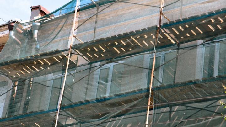 Фасад здания бывшего ресторана «Аквариум» начнут восстанавливать в этом году