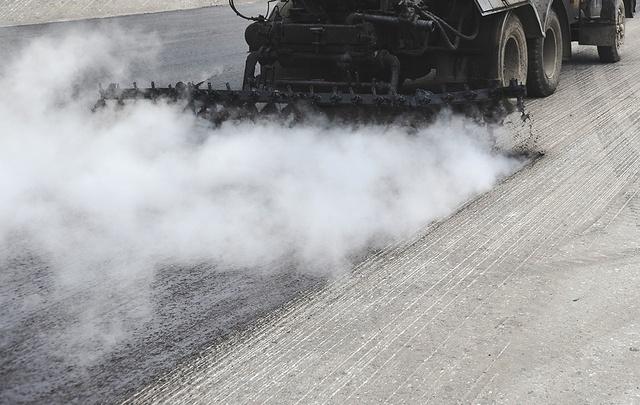 В Тюмени приступили к строительству дороги на улице Николая Зелинского