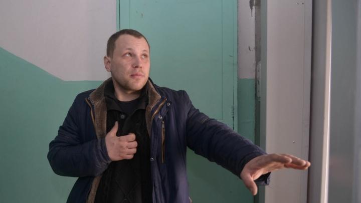 «Мы как всегда крайние»: Монтажники лифтов рассказали, кто затягивает капремонт в Волгограде