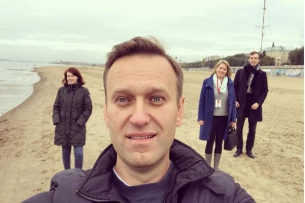 Алексей Навальный и его команда в Архангельске