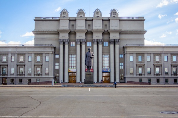 Ремонт площади стартует после завершения праздничных мероприятий в честь Дня Победы