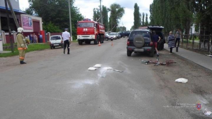 В Волгоградской области пенсионерка на KIA насмерть сбила велосипедиста и протаранила иномарку